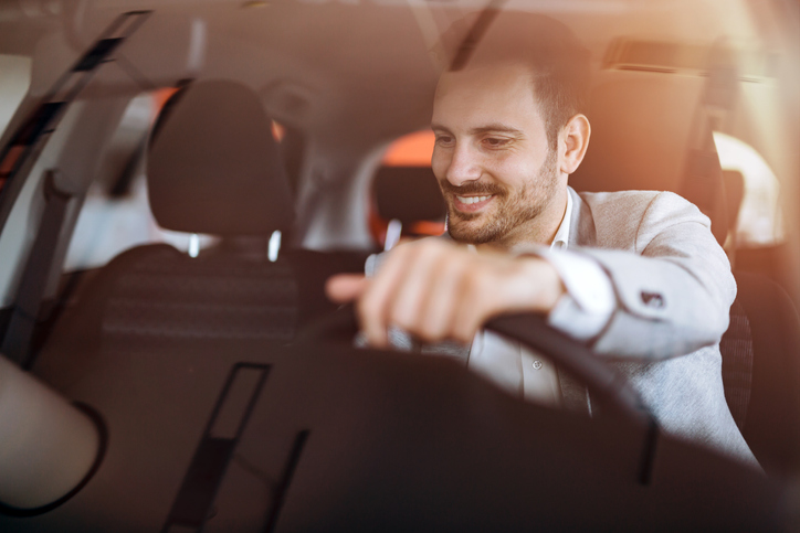 Can you buy a car with cryptocurrency? Carnomaly offers a solution.